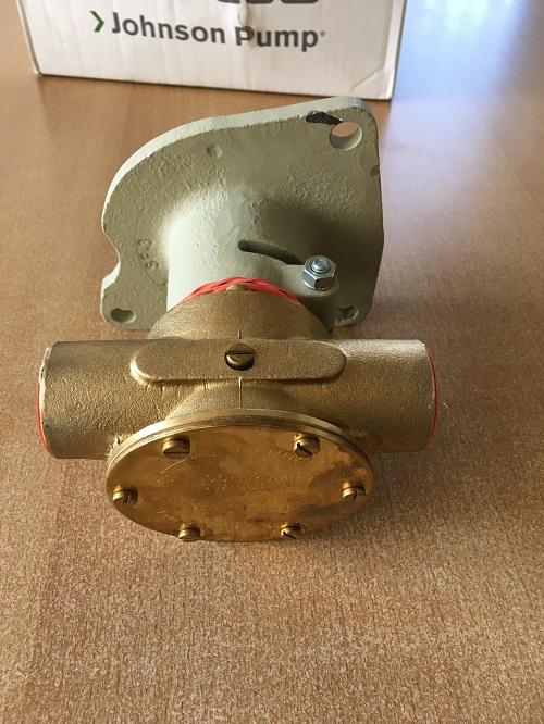 Johnson impellerpomp tbv Ford (groot type).jpg